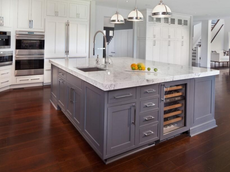 Kitchen Island 11