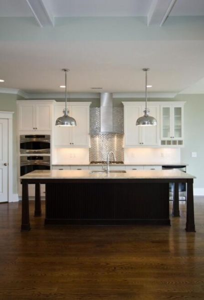 Kitchen Island 14