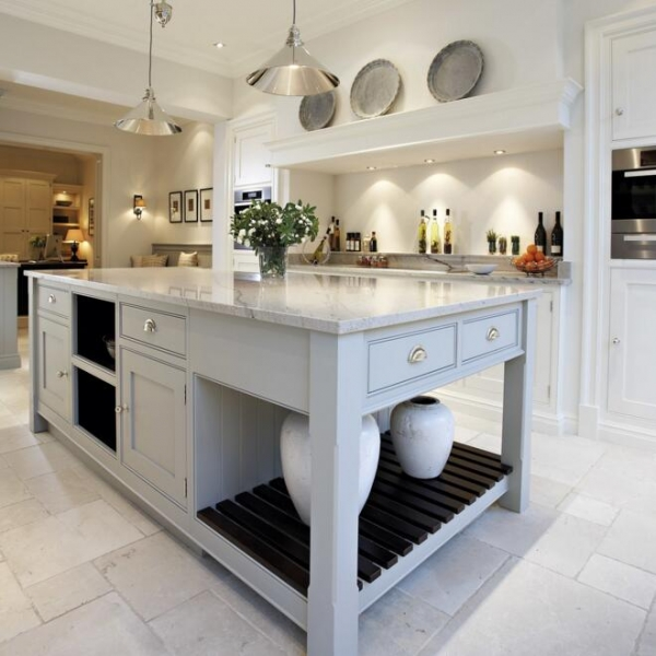 Kitchen Island 4