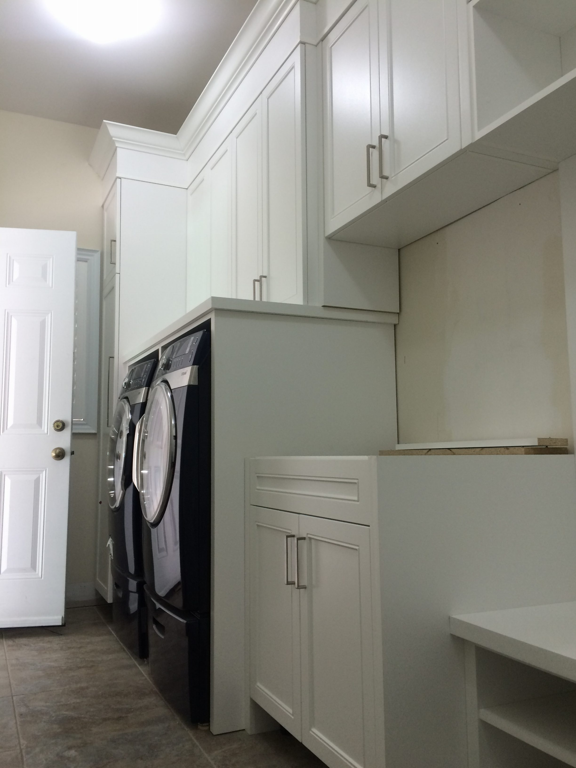 Laundry room picture 4