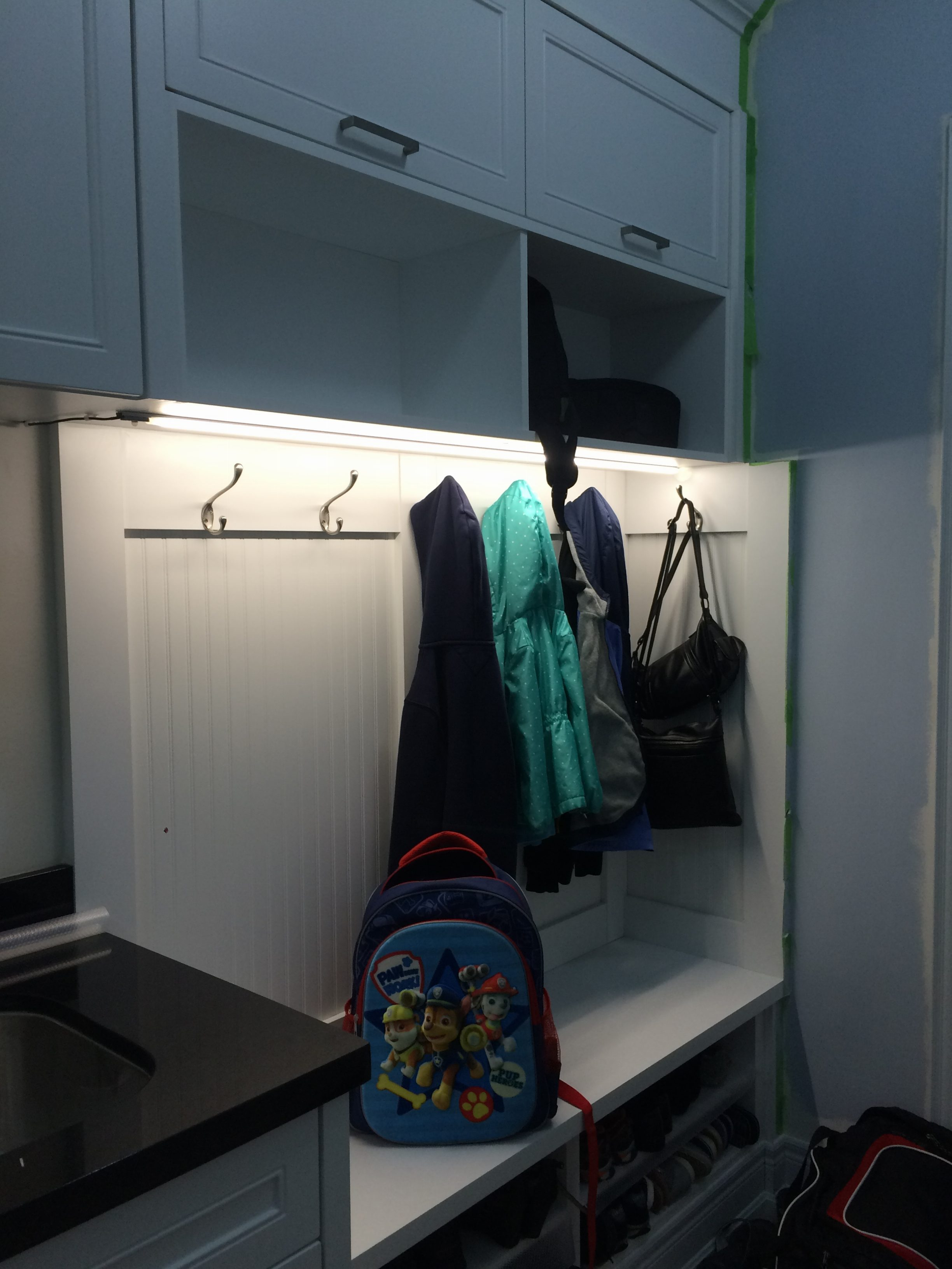 Laundry room picture 7
